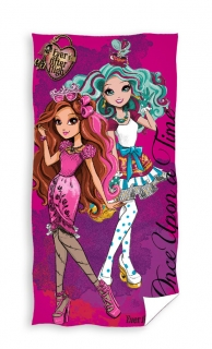 Plážová osuška Ever After High 70/140 cm
